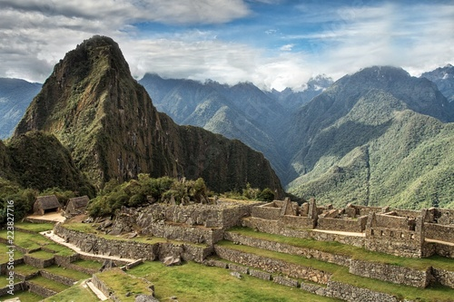In de dag Rudnes Machu Picchu, Peru. The ancient Inca city, located on Peru at the mountain an altitude of 2,450 metersl, dominating the valley of the Urubamba River. Awarded of the New Wonder of the World.