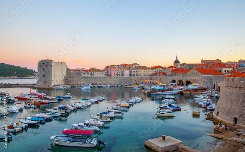 Poster Ville sur l eau Old port in Dubrovnik