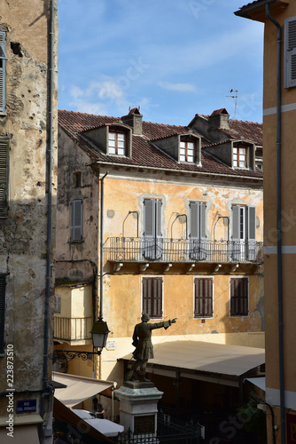 Fotografie, Obraz  Place Gaffory à Corte en Corse