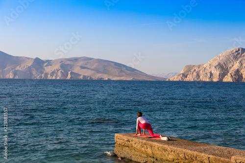 Poranna Gimnastyka o Świcie Nad Adriatykiem