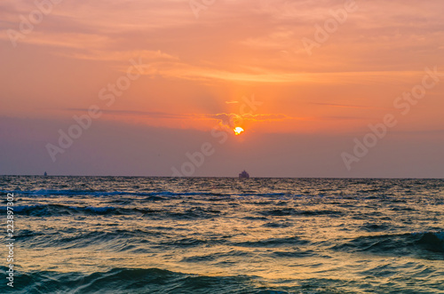 Spoed Foto op Canvas Zee zonsondergang seascape in the Odesa during the sunset in the summer season