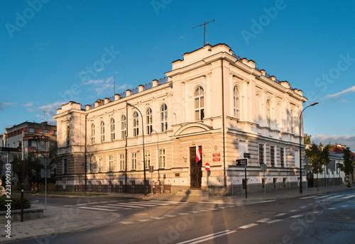 Obraz Płock - budynek prokuratury okręgowej - fototapety do salonu