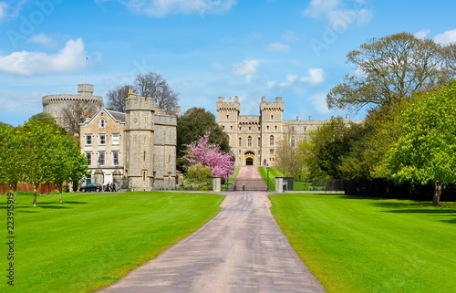 Tuinposter Oude gebouw Windsor castle in spring, London, UK