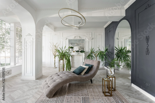 Photographie  Morning in luxurious light interior in hotel