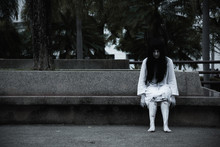 Horror Woman Ghost Creepy Sitt...