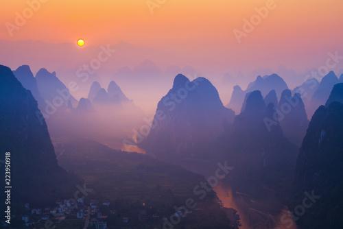 Foto op Aluminium Zalm Sunrise Landscape of Guilin , Li River and Karst mountains called Xingping