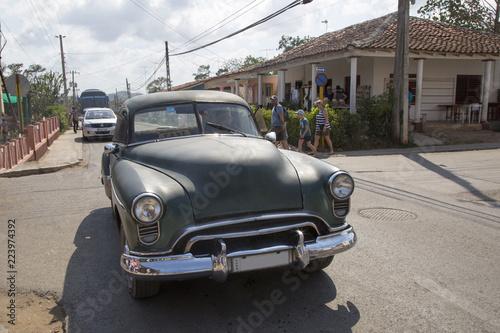 Keuken foto achterwand Vintage cars Schöner Oldtimer auf Kuba (Karibik)