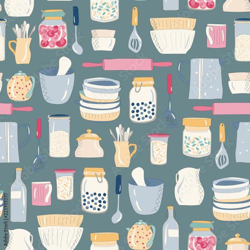 kolorowe-naczynia-kuchenne-naczynia-talerze-kubki-czajniki-wzor-na-ciemnym
