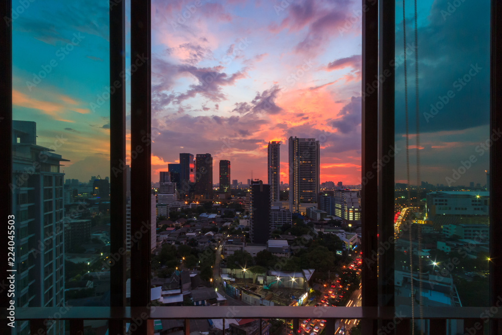 Fototapety, obrazy: Glass window in room with view at beautiful sunset. Cityscape background image.