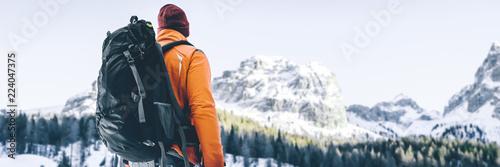 Wanderer in Schneelandschaft