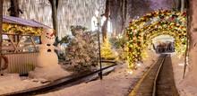 Carousel And Christmas Illumin...