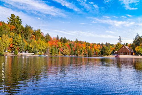 Photo Fall Colours in Algonquin Ontario Canada