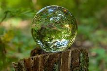 Cristal Ball Reflection
