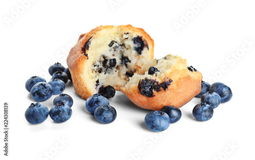 Photo  Tasty blueberry muffin on white background