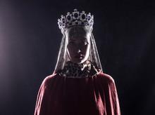Queen With Crown, Studio Portr...