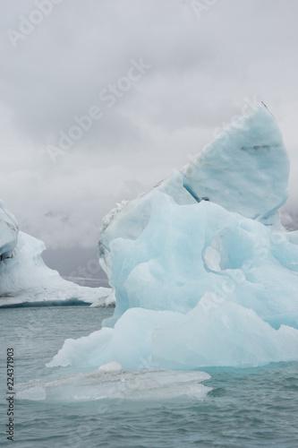 Eisberge zum Greifen nah: mit dem Zodiac in der Gletscherlagune Jökulsárlón - Vatnajökull-Nationalpark, Island
