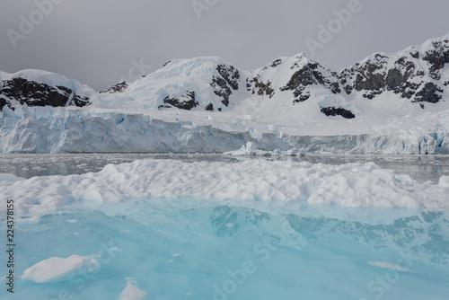 Foto op Plexiglas Antarctica Glacier in Antarctica