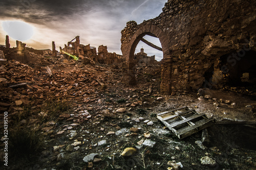 Fotografie, Obraz  belchite viejo paisaje apocaliptico restos de la guerra civil