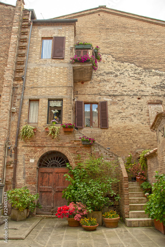 Deurstickers Toscane The medieval city oof Buonconvento in Tuscany