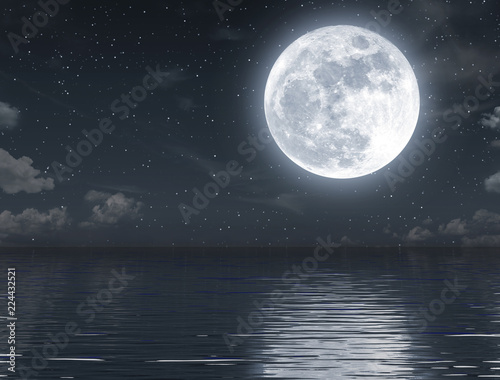 Obraz na płótnie Full moon rising and empty ocean at night