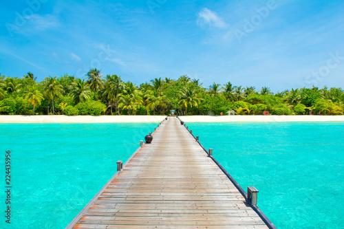 Poster Tropical plage Overwater bridge in the Indian Ocean