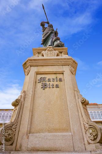 Fotografia  La Coruna Maria Pita Square monument in Galicia