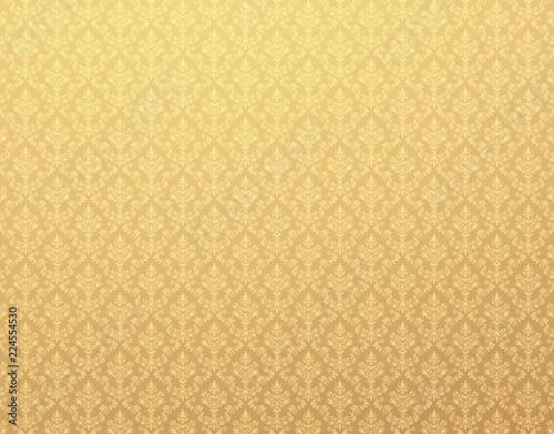 zlota-tapeta-z-adamaszkowym-wzorem