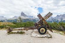 Artilleriegeschütz Auf Dem Monte Piana