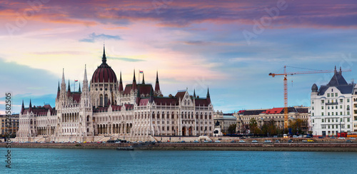 Fotografia  Image of building of Parliament in Budapest of Hungary