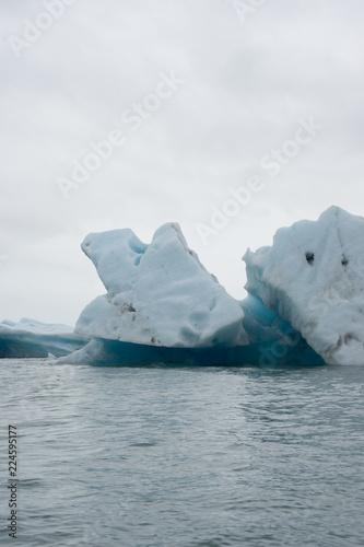 Eisberge zum Greifen nah: Gletscherlagunenfahrt Jökulsárlón mit dem Zodiac - Vatnajökull-Nationalpark, Island