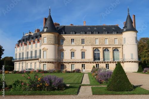 Chateau Et Jardin De Rambouillet Dans Les Yvelines France Buy
