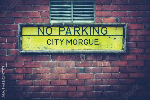 Fotomural  City Morgue Sign