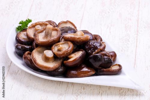 Fototapeta Pickled mushrooms in the bowl obraz