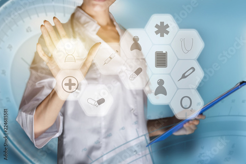 Fotografiet  Medical concept of futuristic health care technology and augmented reality