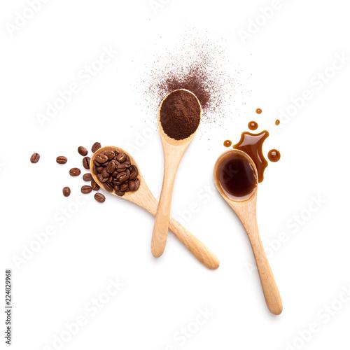 Ziarna kawy, kawa mielona i kawa czarna
