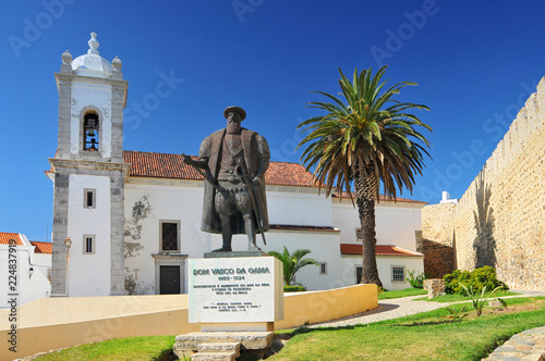 Statue of Dom Vasco da Gama in Sines, Portugal. Canvas Print