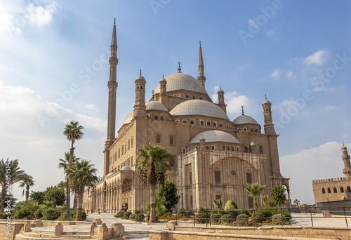 Fotografie, Tablou The Great Mosque of Muhammad Ali Pasha or Alabaster Mosque Situated on the summit of the citadel, this Ottoman mosque, with its animated silhouette and twin minarets, the most visible mosque in Cairo