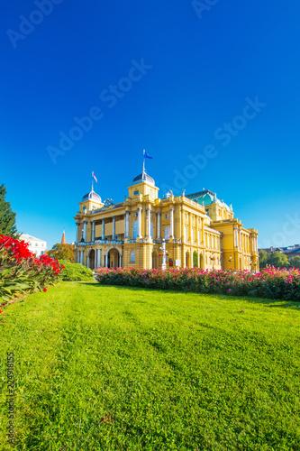 Foto op Plexiglas Theater Croatian national theater building and flowers in park in Zagreb, Croatia