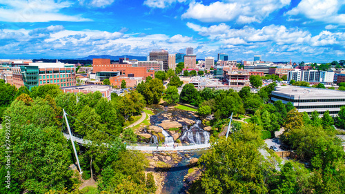 Valokuvatapetti Falls Park and Liberty Bridge Panorama in Greenville, South Carolina, USA