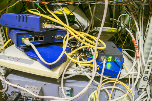 Swell Chaotic Interlacing Of Wires Between Modems Switches And Internet Wiring 101 Capemaxxcnl