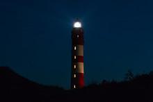 Leuchtturm Bei Nacht Auf Der I...