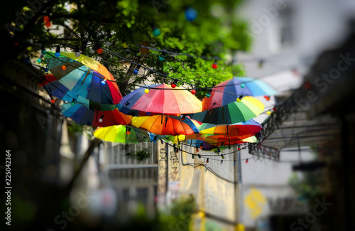 Foto op Canvas Bloemen Colorful umbrellas under the city street in the Istanbul, Turkey