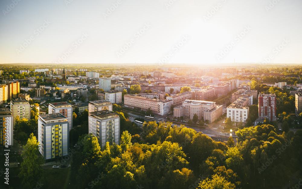 Fototapety, obrazy: Sosnowiec Urząd Miasta z powietrza (zachód)