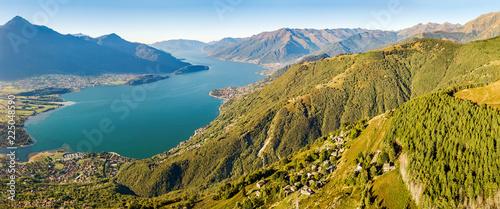 Foto op Aluminium Luchtfoto Vista aerea panoramica dell'Alto Lario verso sud - Lago di Como (IT)