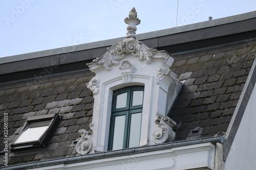 Foto op Canvas Oude gebouw Fenster