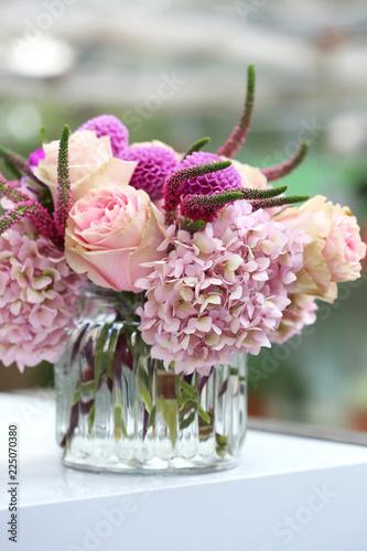 Foto op Plexiglas Hydrangea Flower decoration with hortensia, dahlia and roses