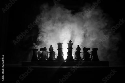 Obraz na plátne Man playing chess