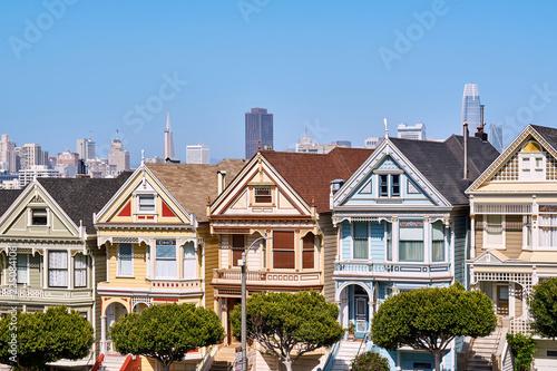 Fotobehang San Francisco Victorian style homes in San Francisco