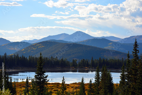 Lake Echo in the Colorado Rocky Mountains Fotobehang