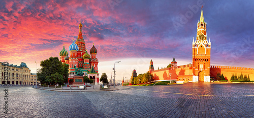 Foto op Canvas Aziatische Plekken Russia - Moscow in red square with Kremlin and St. Basil's Cathedral